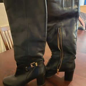 MK boots. No set price. Message with offer.